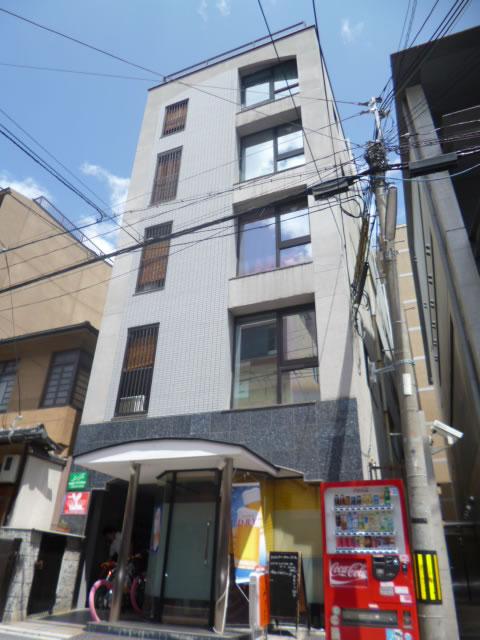 京都カイロプラクティックオフィスの建物外観